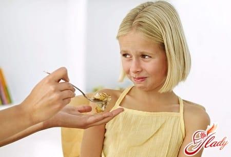 причины недостатка веса у подростка