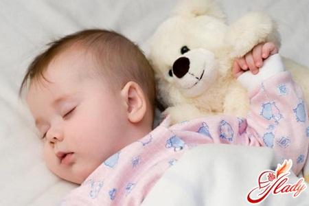 годовалый ребенок часто просыпается по ночам