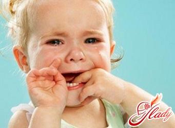 стоматит у детей симптомы